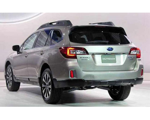 2018-Subaru-Outback-back