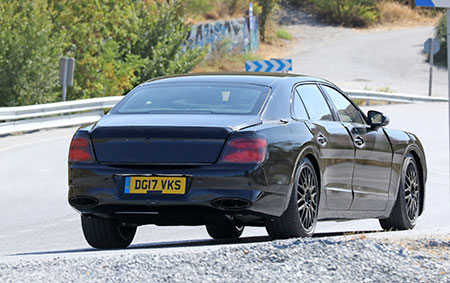 2019-Bentley-Flying-Spur-back