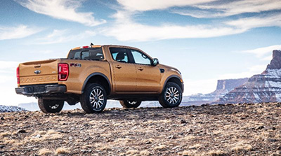 2019-Ford-Ranger-side