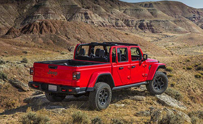 2020-Jeep-Gladiator-back